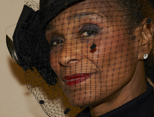 Joan Minor_hat and veil