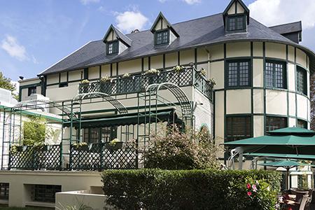 Pavillion des Ibis restaurant in Le Vésinet
