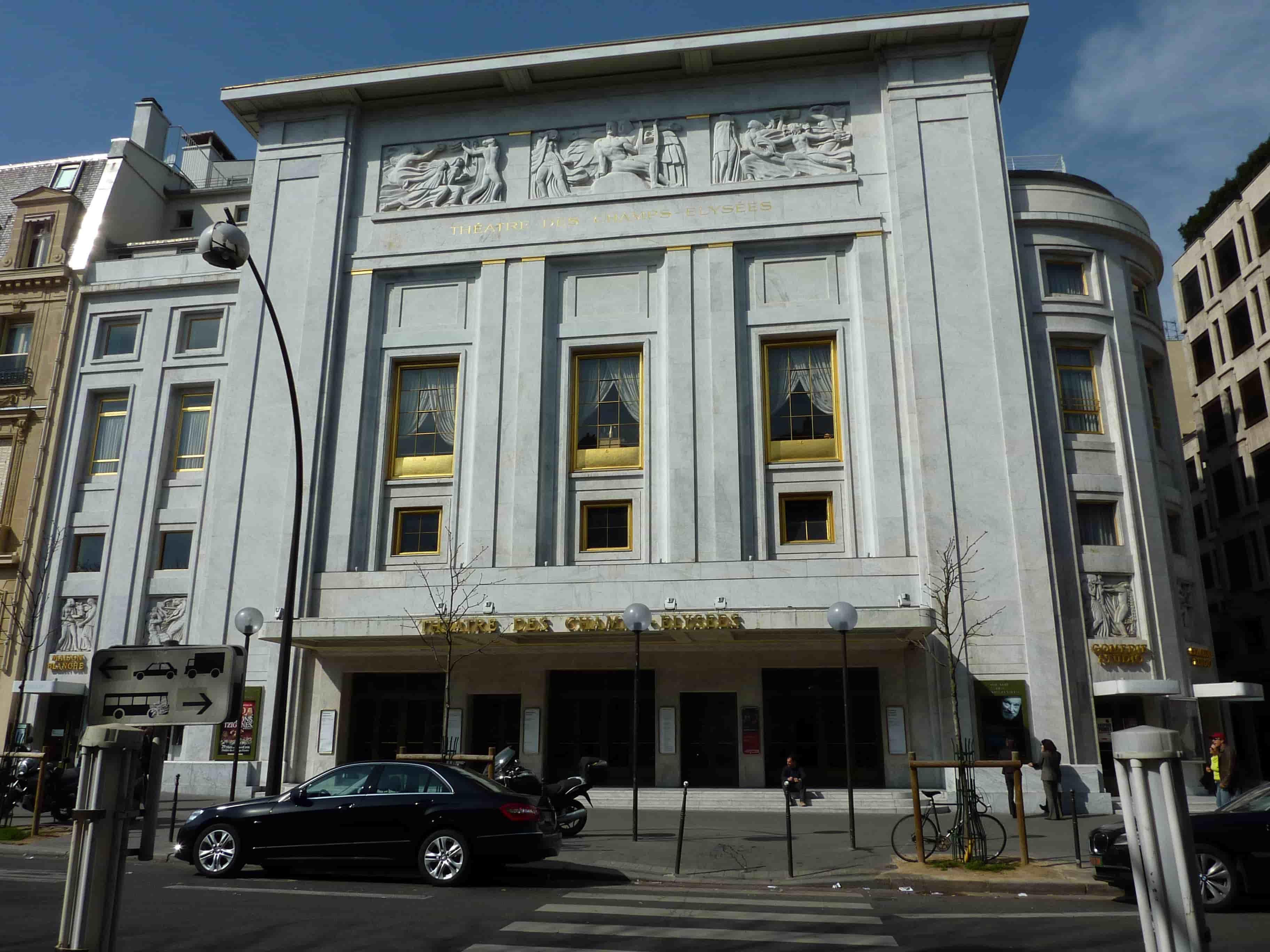 Théatre des Champs Elysées - façade